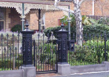 Traditional old style cast iron Lion Posts are now manufactured in non rust aluminium
