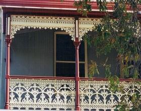 Majestic Key Frieze, Small Sandsville Lacework & V30 Balustrade Panel