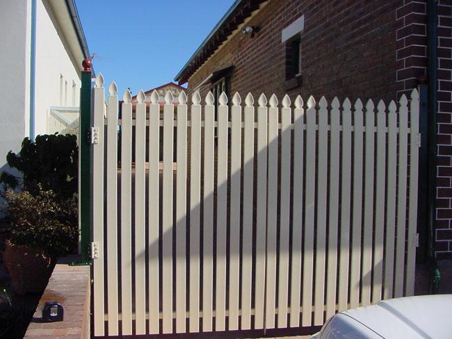 scallop gate
