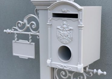 15% off Letterbox Sale / Free standing stock only/limited colours and designs/sale ends July 6